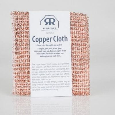 Copper cloths 2 pack by Burstenhaus Redecker. The scratch-free cleaning power of copper! The copper cloth cleans pots, pans, sinks, ovens, ceramic cooktops, glass and stainless steel thoroughly and gently. Perfect for removing rust from tableware. Also ideal for all shiny parts of bicycles and motorcycles, as well as for glass and chrome parts and aluminum rims on cars. Fine copper threads loosen even the most stubborn dirt carefully because copper is a soft metal that is non-abrasive. It will leave no scratches behind on enamel and ceramic hobs and will give your sink a high sheen! The two-ply material is extremely durable and is machine-washable in warm water (up to 60 degrees Celsius) - please place in a net bag or sock. Not suitable for Teflon or other non-stick surfaces. Environmentally compatible, 100% recyclable. Use wet.