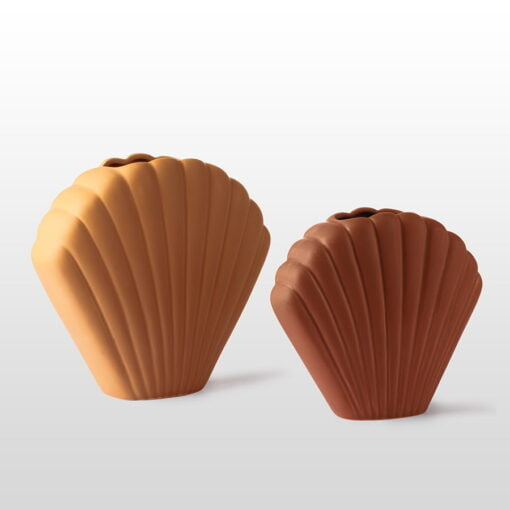 Scallop shell vases large and medium